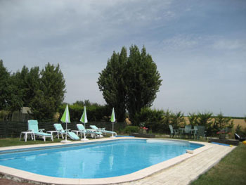 heated swimming pool at doue la fontaine self catering holiday gite